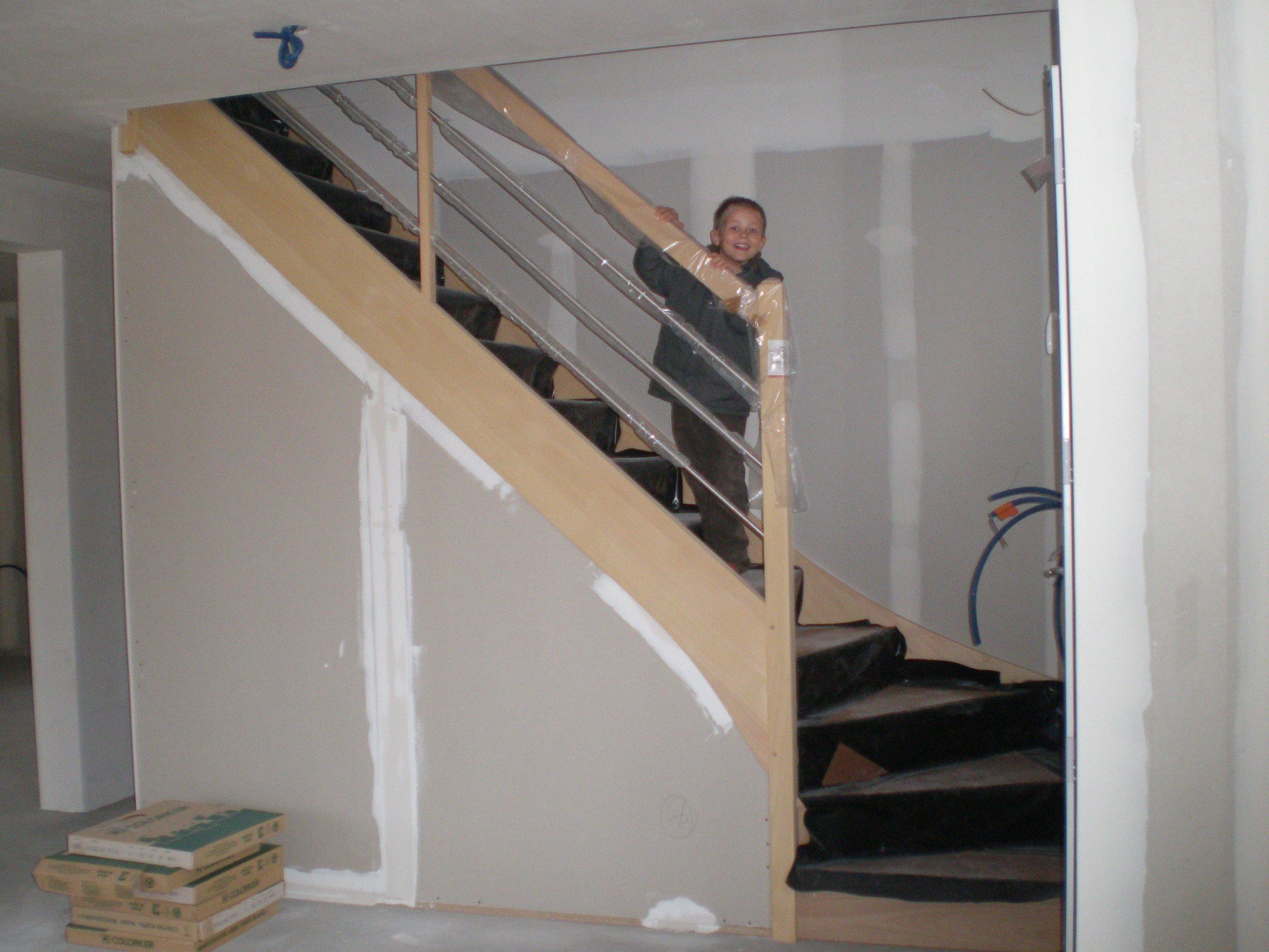 Notre construction suite pose de l escalier et du for C du carrelage bordeaux